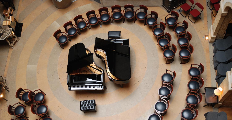 EFL 2 pianos 3